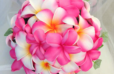 造花のプルメリアブーケ